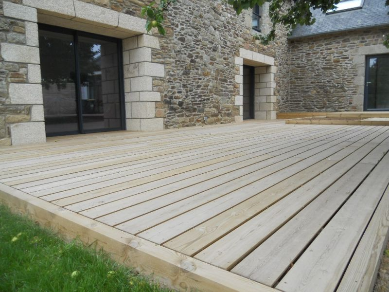 Terrasse Bois Pour Maison En Pierres Un Jardin Chez Vous